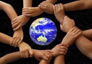 много рук, планета